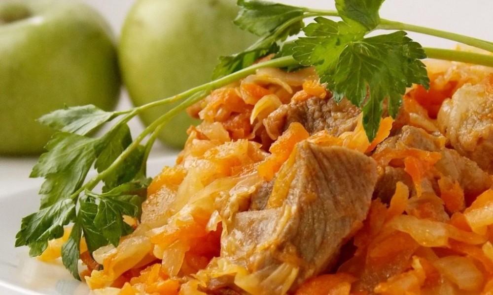 Как вкусно потушить капусту рецепт с фото