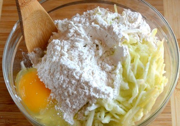 Драники из кабачков рецепт с фото пошагово
